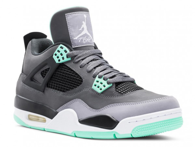 Air-Jordan-iv-green-glow-01