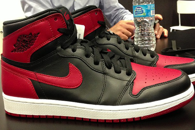 air-jordan-1-retro-high-og-black-red(1)