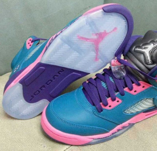 air-jordan-v-gs-blue-pink-purple-02-570x548