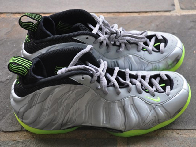 nike-air-foamposite-one-silver-volt-1