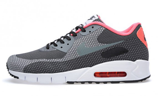 nike-air-max-90-jacquard-january-2014-07-570x350